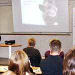 Hundeleverna hade en föreläsning med Jens Karlsson och Tobias Gustavsson från Scandinavian Work Dog Institute.